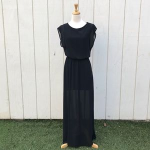 LUSH maxi dress with slits